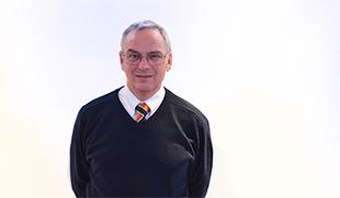 Dr Cliff Lister